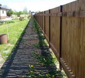 medinės tvoros vienpusės vertikalios 13