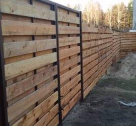 medinės tvoros dvipusė horizontali 22