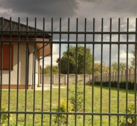 metalinės strypų tvoros 2