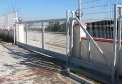 stumdomi kiemo vartai 1