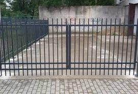 varstomi kiemo vartai 21