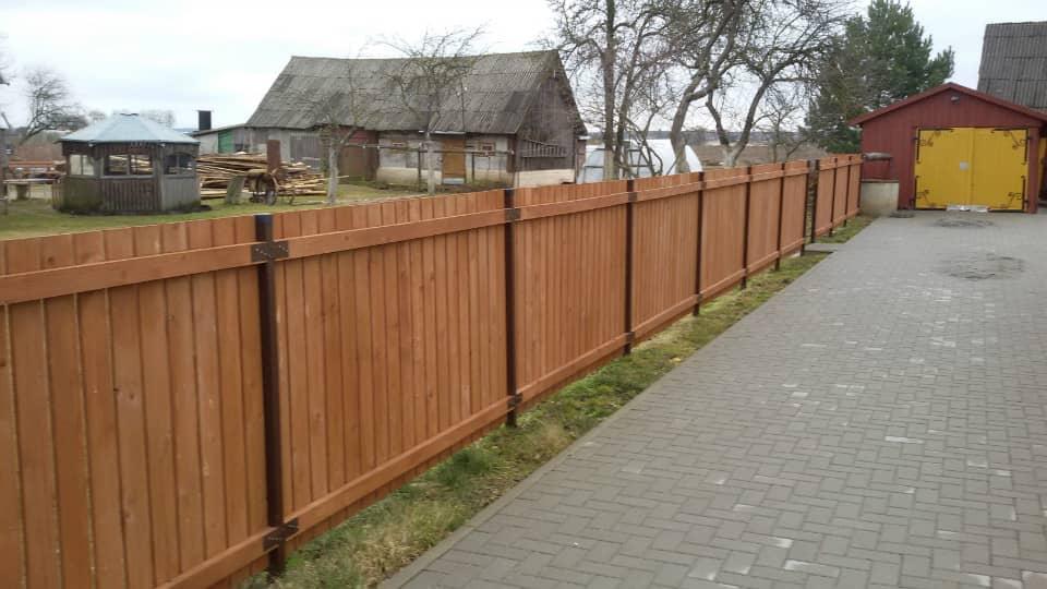tvoros kaina medinė vertikali dvipusė