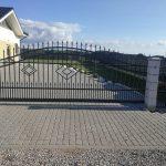 tvoros kaina vartai stumdomi