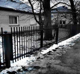 Metalinės strypų tvoros 04