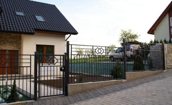 metalinės tvoros kalviškos