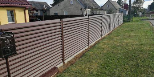 skardinės tvoros žaliuzi horizontalios 2