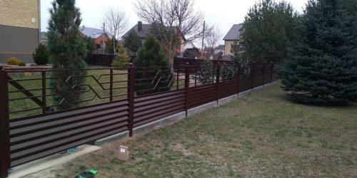 skardinės tvoros žaliuzi horizontalios 9